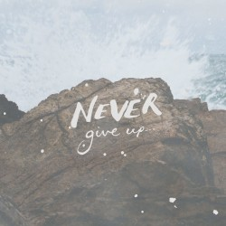 Us and Pain - Pocket Fuel Daily Devotional on 2 Corinthians 4 (Not giving up)